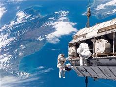 Đầu tư vào vũ trụ: Các chương trình quốc phòng không còn độc quyền
