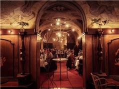 Nhà hàng phục vụ thực đơn giống Đại tiệc Nobel