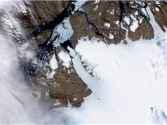 Dòng sông ngầm dưới lớp băng Greenland