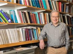 Cha đẻ lý thuyết học máy giảng bài ở Việt Nam