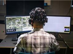 Hoa Kỳ dùng sóng não game thủ để huấn luyện robot quân sự