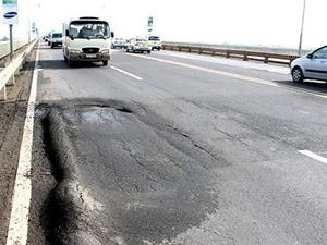Giải pháp mới kiểm tra độ bền và an toàn cầu đường