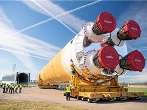 NASA ngừng chế tạo tên lửa do nhân viên nhiễm Covid-19