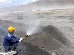 Phương pháp sản xuất vật liệu thuỷ tinh từ tro xỉ
