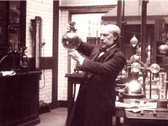 James Dewa: Người đầu tiên hóa rắn không khí