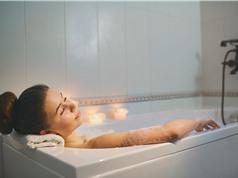 Ngâm nước nóng mỗi ngày giúp ngăn ngừa bệnh tim