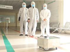Viện Ứng dụng công nghệ chế tạo thành công robot lau khử khuẩn sàn nhà