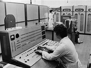 Máy tính điện tử Minsk-22: Điểm khởi đầu của công nghệ thông tin Việt Nam
