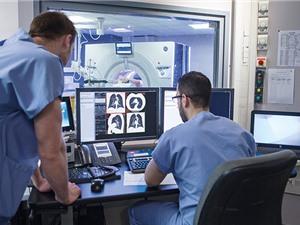 AI chưa đủ chính xác và ổn định trong tái tạo hình ảnh y khoa