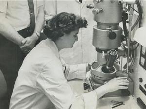 June Almeida: Người phát hiện virus corona