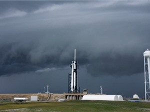 SpaceX và NASA hoãn phòng tàu Crew Dragon lên Trạm Vũ trụ quốc tế