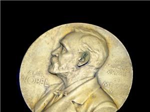 Sự nghiệp của các nhà khoa học đạt giải Nobel có gì khác biệt