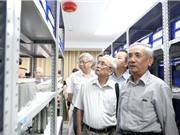 Tiếp nhận gần 700 tài liệu, hiện vật của GS.NGND Vũ Dương Ninh