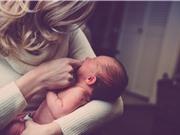 Tiếp xúc da kề da với cha mẹ làm giảm phản ứng đau trong não của trẻ sơ sinh