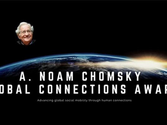 Lập giải thưởng thúc đẩy nghiên cứu xuyên quốc gia mang tên Noam Chomsky
