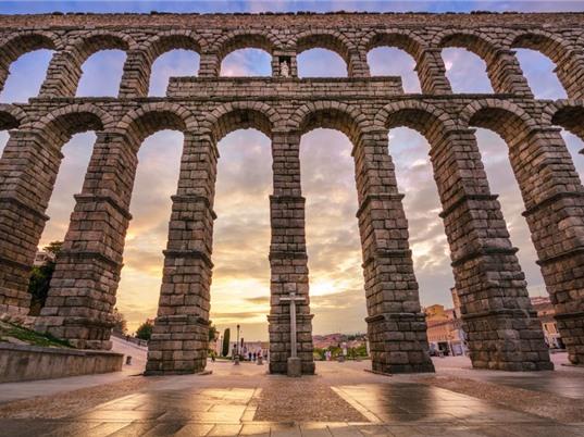 Kỳ quan cầu máng Segovia
