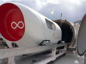 Tàu siêu tốc Hyperloop lần đầu thử nghiệm chở người