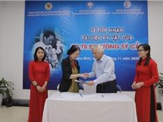 Tiếp nhận kỷ vật của cố GS Lương Sỹ Cần, người thầy đầu ngành tai mũi họng Việt Nam