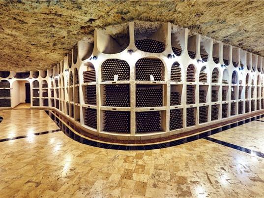 Thành phố rượu vang dưới lòng đất