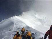 Tìm thấy ô nhiễm vi nhựa trên đỉnh Everest