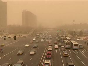 Bắc Kinh nghẹt thở vì bão cát tồi tệ nhất thập kỷ