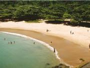 Những bãi biển phóng xạ ở Guarapari