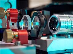 Quan sát pha mới trong ngưng tụ Bose-Einstein của các hạt ánh sáng
