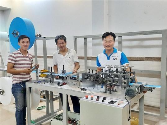 ĐHQG TPHCM chế tạo các sản phẩm phòng, chống Covid-19