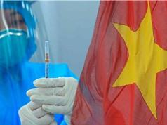 Việt Nam cần sớm tiêm vaccine để tránh nguy cơ kinh tế tụt hậu
