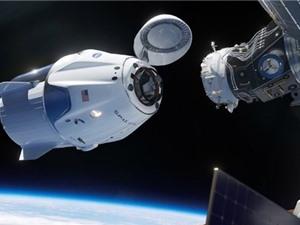 Tàu SpaceX Dragon lắp ghép thành công với Trạm vũ trụ quốc tế