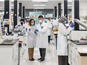 Vingroup nhận chuyển giao công nghệ sản xuất vaccine mRNA dạng đông khô
