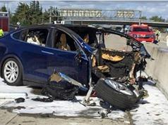 Hệ thống tự lái của ô tô Tesla bị Mỹ điều tra sau khi va chạm với các phương tiện ưu tiên