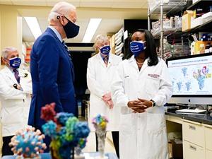 Vaccine COVID-19: Đầu tư công đem lại hàng tỉ USD lợi nhuận
