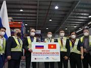 Lô vaccine Sputnik V đầu tiên cập bến Việt Nam