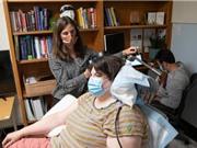 Điều trị trầm cảm thành công cho một phụ nữ bằng cấy ghép điện não