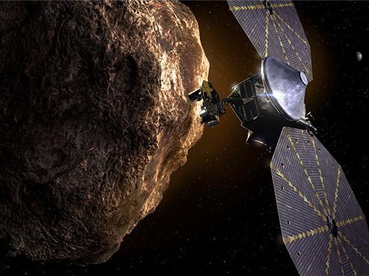 Tàu Lucy của NASA khám phá vùng không gian gần Sao Mộc